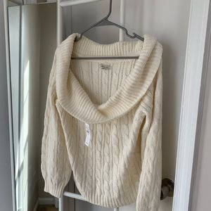 American Eagle Cowl neck sweater, size XL